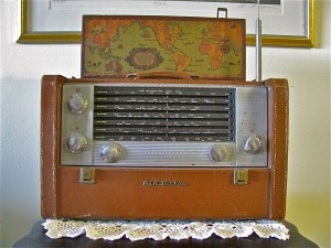 shortwave-radio-300x225